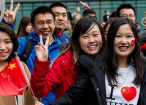 多华会、多伦多华助中心、加拿大新东方国际学院联合举办国际留学生公益讲座